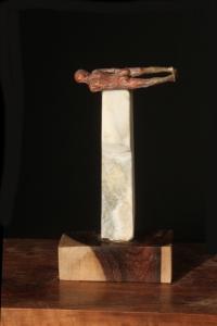 monument-4-l106-2013-brz-wood-stone-h-12